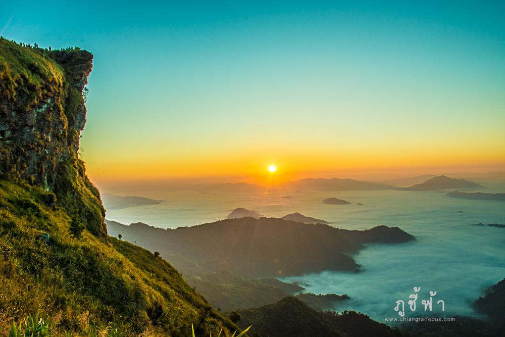 ภูชี้ฟ้า จุดชมวิวทะเลหมอกสวยที่สุด@เชียงราย